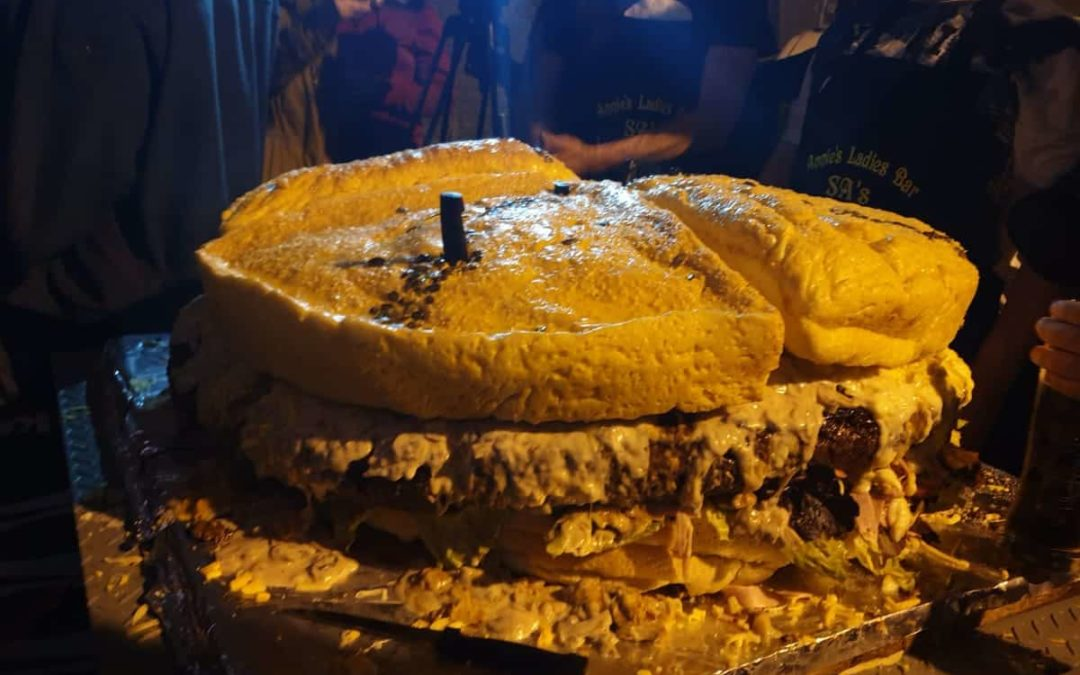 Cape Town Bar creates South Africa's biggest burger